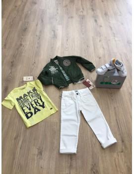 Completo Giubbino, T-Shirt e Jeans